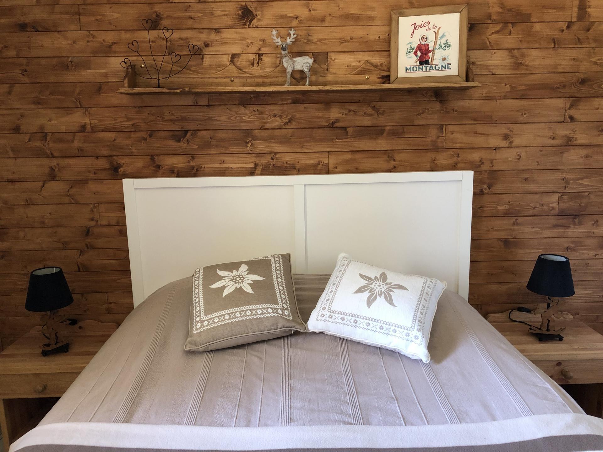 marmot room